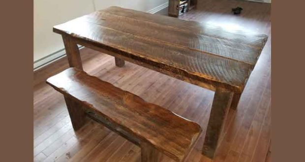 Table de cuisine de 30 x 60 pouces (450 $)