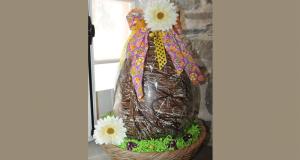 Oeuf de Pâques de plus de 6 kg (environ 15lbs)