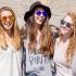 Paire de lunettes de soleil en bois
