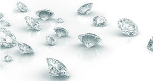 10 paires de boucles d'oreilles en diamant (5000$ chacune)