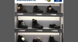Une paire de chaussures Dr. Martens de votre choix