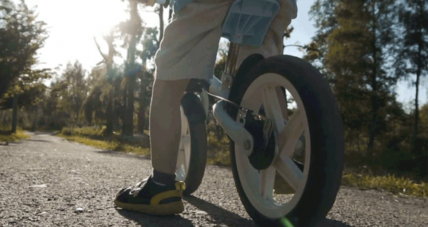 Un vélo pour enfants de 12 po en acier