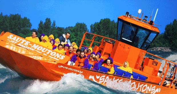 Excursion en bateau-jet + souper pour 10 personnes
