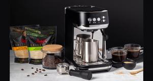 Une machine à espresso Bambino Plus Breville (700$)