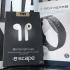 Écouteurs sans fil et une montre pour la forme Fitbit