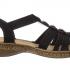 Une paire de sandales Rieker