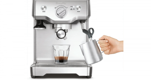 Une Machine à expresso Breville Duo-Temp Pro Pump