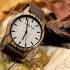 Une montre en bois smart-zebra unisex